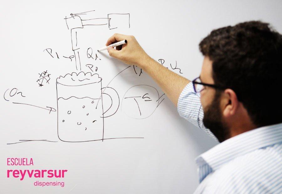 Nuestra apuesta por la formación la Escuela Reyvarsur Dispensing. Reyvarsur, soluciones para la dispensación de bebidas, cerveza, vino, sidra, agua o soda.
