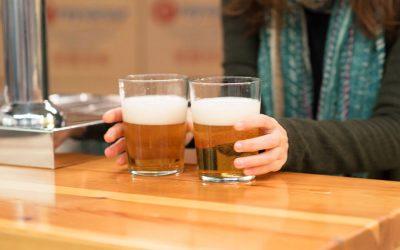 ¿Por qué la misma cerveza no sabe igual en todos sitios?